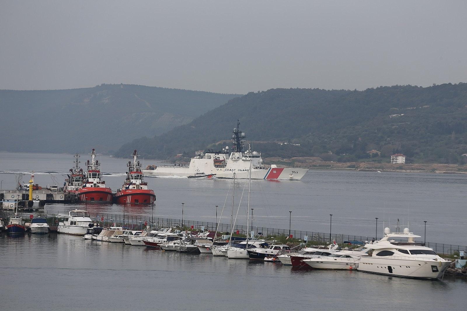 2021/04/abd-sahil-guvenlik-gemisi-canakkale-bogazindan-gecti-20210427AW30-6.jpg