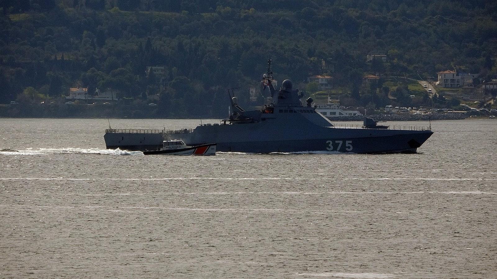2021/04/rus-savas-gemisi-dmitry-rogachev-canakkale-bogazindan-gecti-20210402AW28-3.jpg