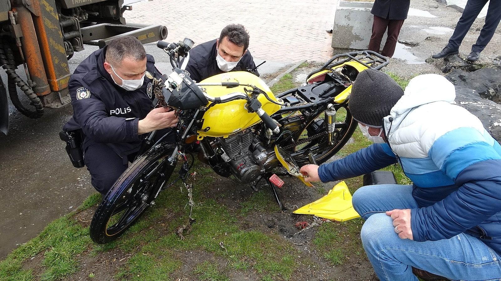 2021/04/samsunda-denizin-icinde-motosiklet-bulundu-20210402AW28-7.jpg