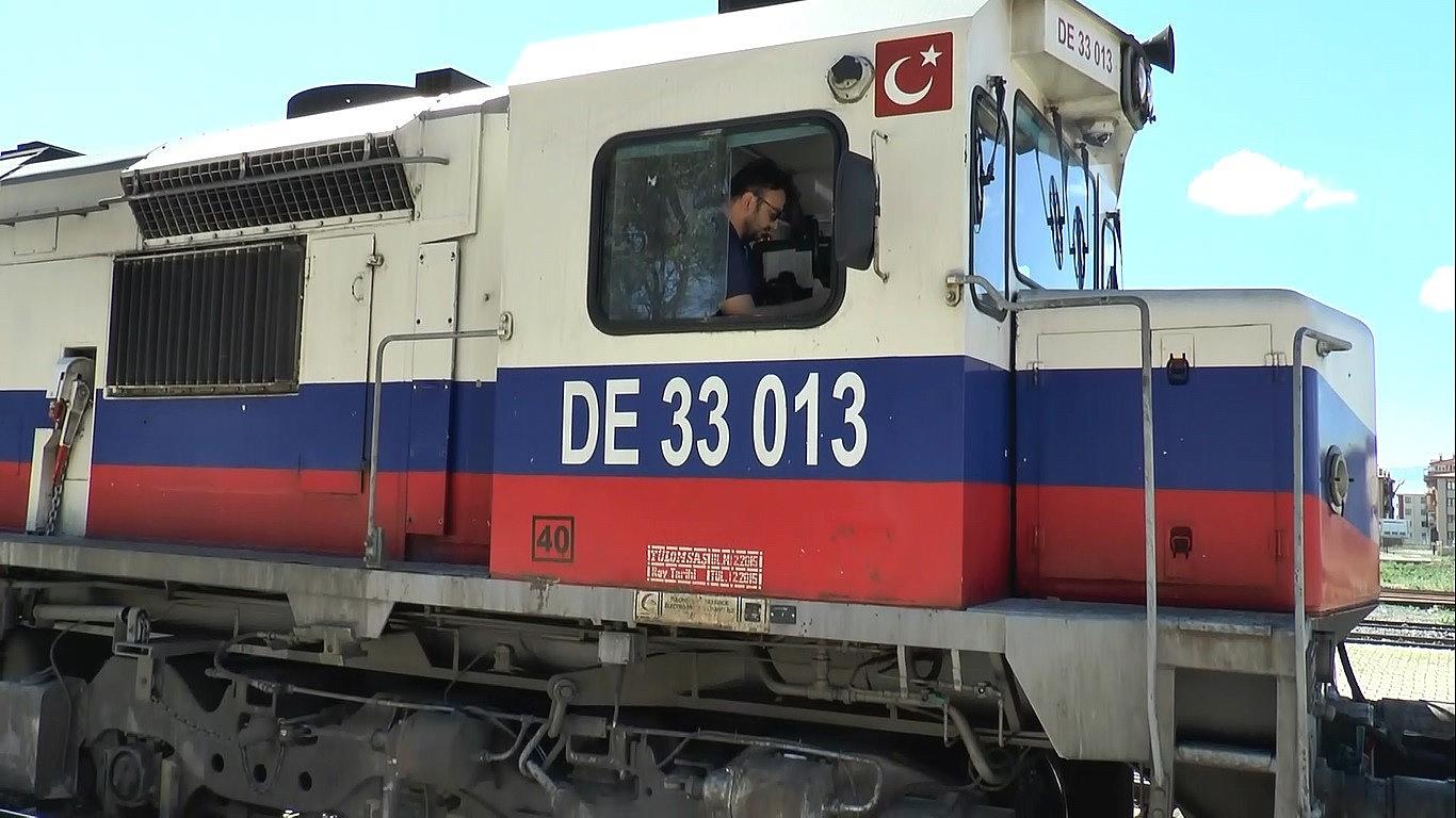 2021/05/cine-gidecek-olan-41-vagonlu-2-ihracat-treni-erzuruma-ulasti-20210526AW32-1.jpg