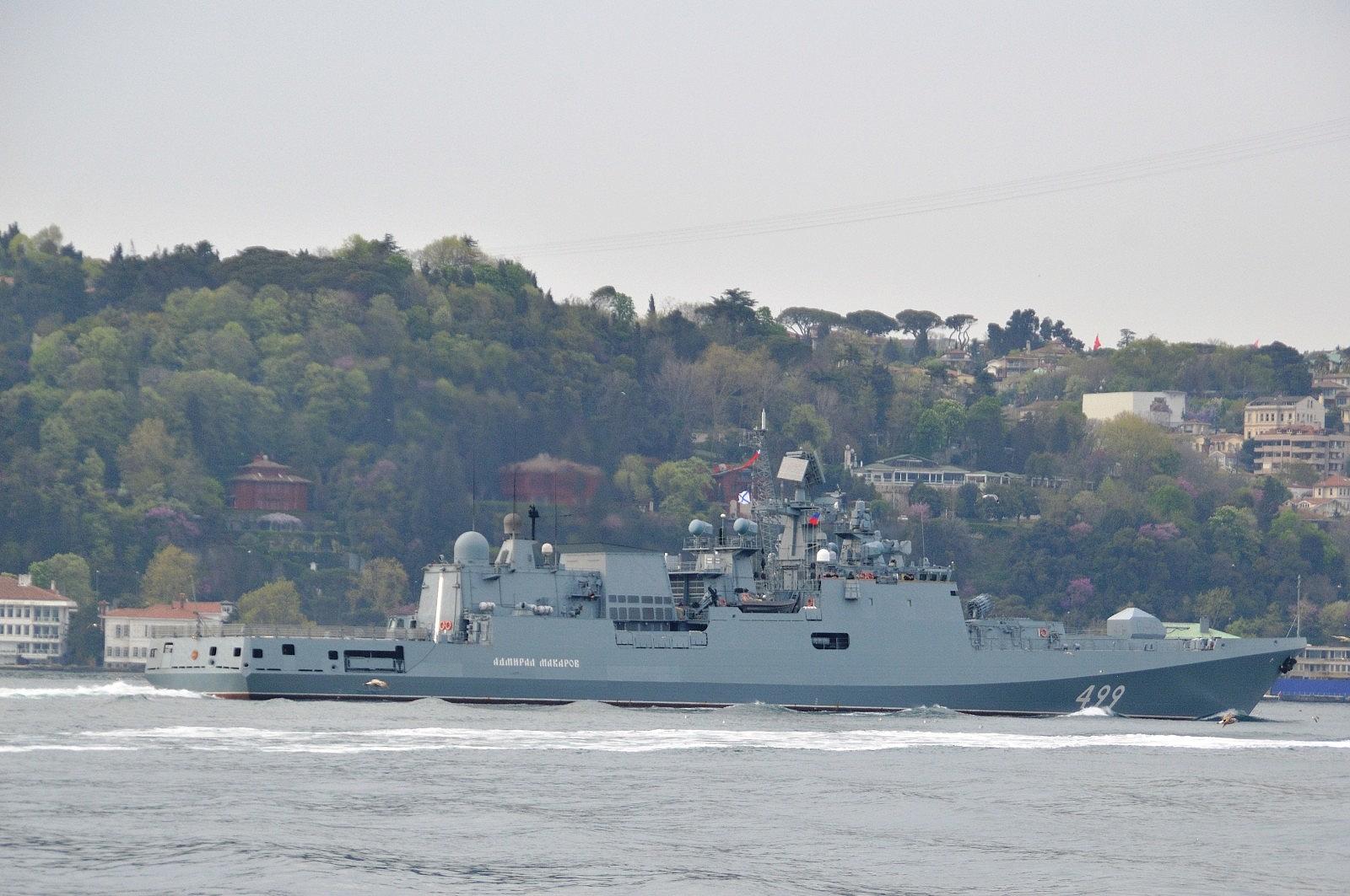 2021/05/rus-donanmasina-ait-rfs-499-borda-numarali-admiral-makarov-gemisi-bogazdan-gecti-20210502AW31-10.jpg