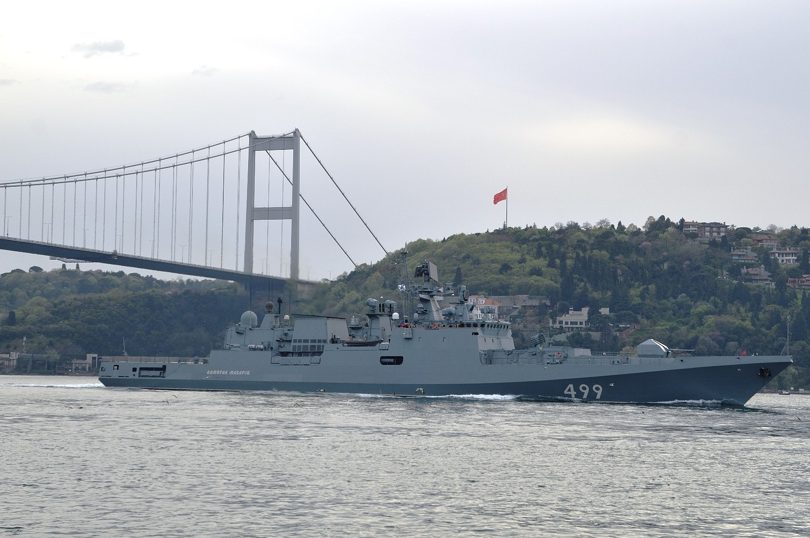 2021/05/rus-donanmasina-ait-rfs-499-borda-numarali-admiral-makarov-gemisi-bogazdan-gecti-20210502AW31-3.jpg