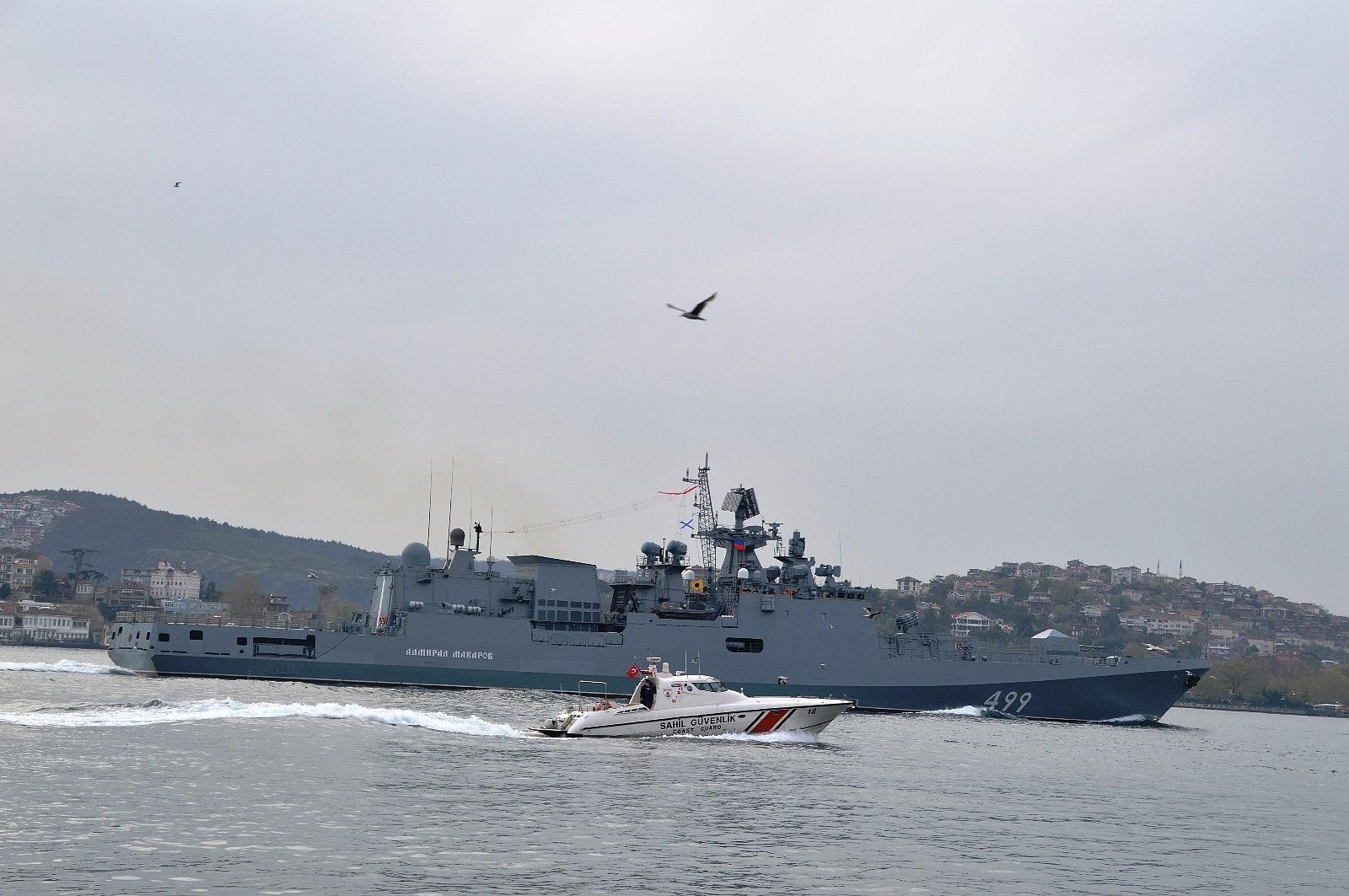 2021/05/rus-donanmasina-ait-rfs-499-borda-numarali-admiral-makarov-gemisi-bogazdan-gecti-20210502AW31-6.jpg