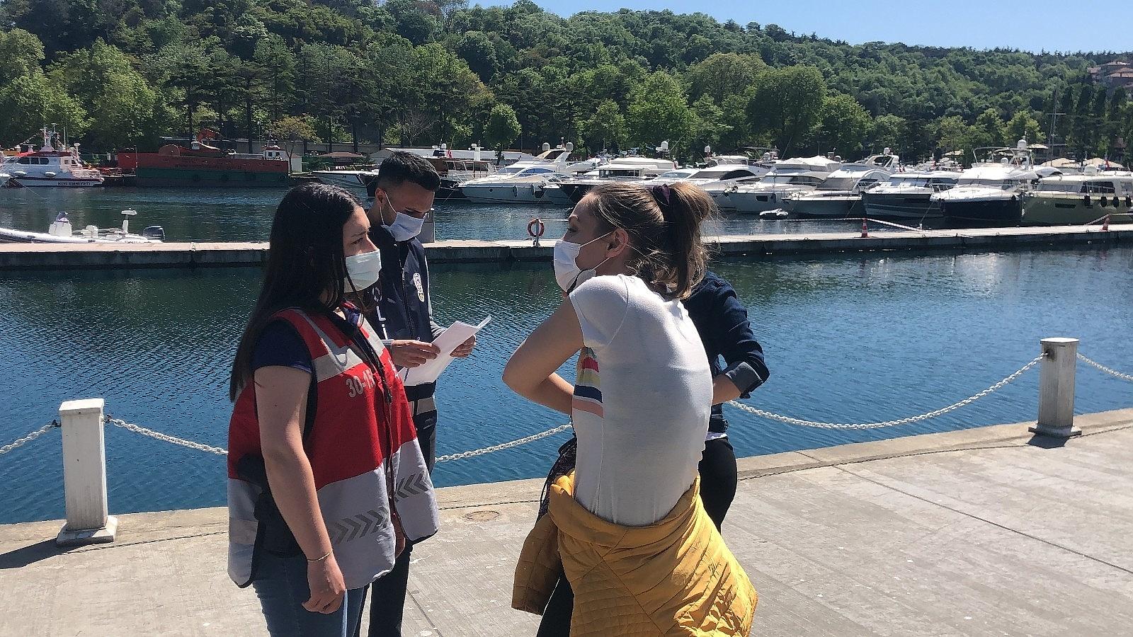 2021/05/sariyerde-denize-girdiler-polisi-gorunce-giyinemeden-kactilar-20210514AW31-2.jpg