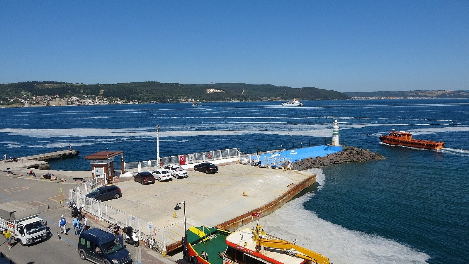 2021/06/canakkalede-deniz-salyasi-kabusu-suruyor-20210609AW34-8.jpg