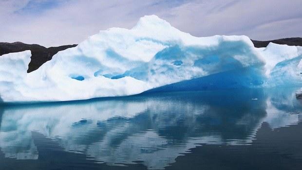 Titanic'i Batıran Buzul Hızla Hareket Ediyor