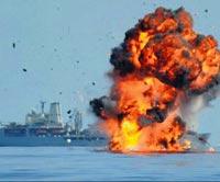 Somalili Korsanların Teknesi Havaya Uçtu