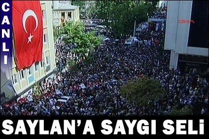 Türkan Saylan'a Sevgi Seli...