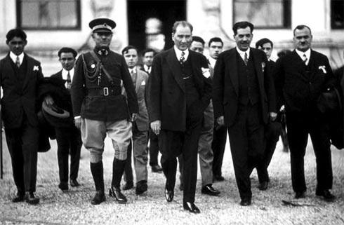 Atatürk Salgınla da Savaşmış