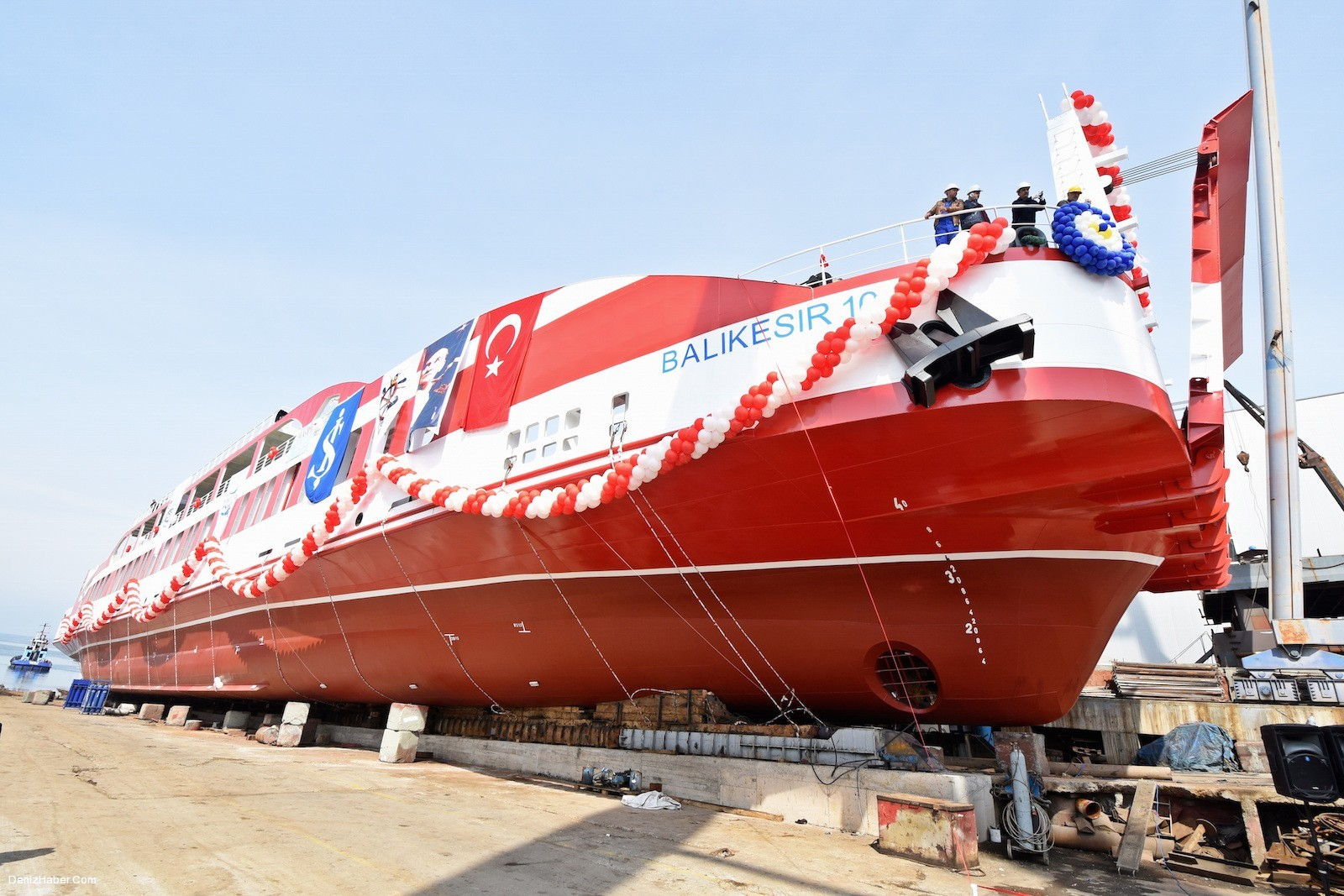 """M/F BALIKESİR 10"" RO-RO Yolcu gemisi denize indi"