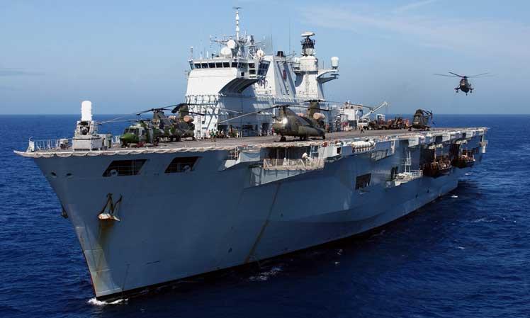 İngiliz Savaş Gemileri Kuşadası'nda