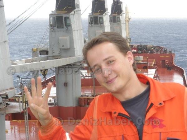 Genç Kaptan Yasin-C'de Korsanlara Esir