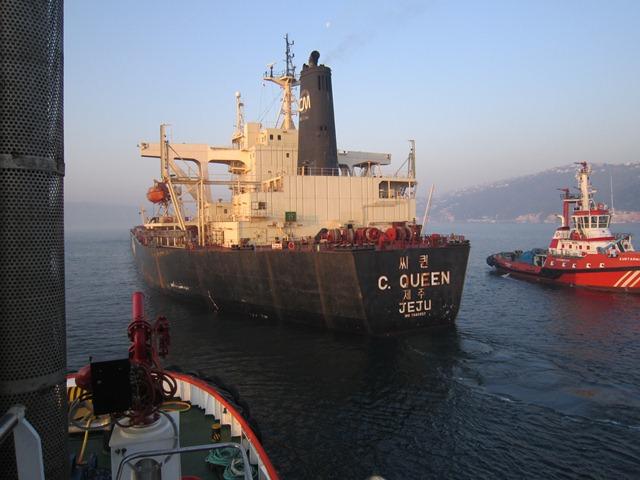 Kılavuz kaptan sayesinde kaza önlendi
