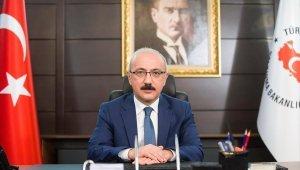 """Bakan Elvan: """"Akdeniz Sahil Yolu Projesi'nde durmak yok, yola devam"""""""
