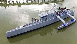 """Drone Gemi """"Sea Hunter"""", Amerikan Donanmasına katıldı"""
