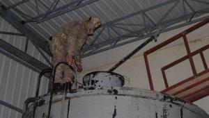 Kaçak mazot üreten mini rafineriye baskın