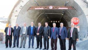 Türkiye'nin en uzun tünelinde geçişlere ara verilecek