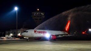 Türkiye'nin ilk Boeıng 737 MAX 8'i Antalya'ya indi