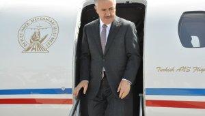 Ulaştırma Bakanı Arslan, Sarıkamış'ta vatandaşlara seslendi