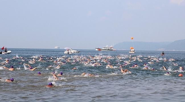 Çanakkale'de Troya Açık Su Yüzme Yarışı gerçekleşti