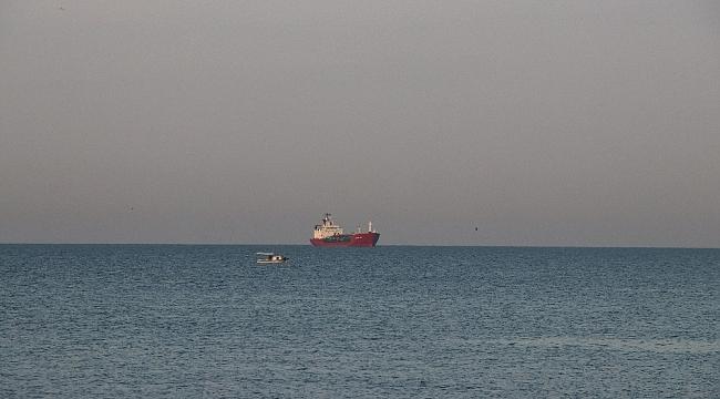 Sivriada açıklarında kuru yük gemisiyle çarpışan LPG Tankeri M/T GAMMAGAS Küçükçekmece'ye getirildi