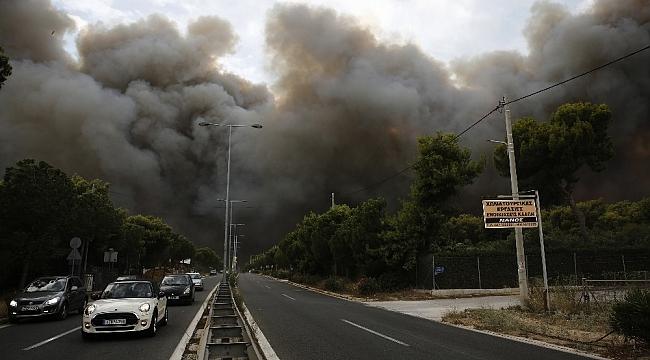 Yunanistan yangını fotoğrafları