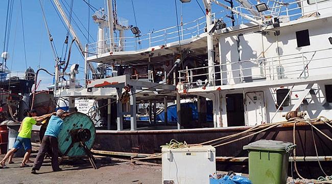 Balıkçılar gün sayıyor
