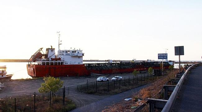 Zonguldak Tersanelerine tamir olacak ilk gemi geldi