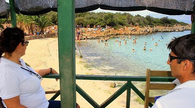 Aşk adasında kum nöbeti