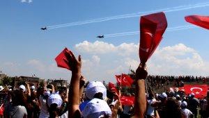 Söke'de Solotürk heyecanı yaşandı