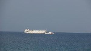 İzmir'den gelen angus yüklü gemi körfez açıklarında bekletiliyor