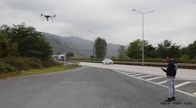 Karadeniz Sahil Yolunda 'drone' ile trafik denetimi
