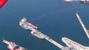 İzmit Körfezi'ni kirleten gemilere 12 yılda 15.5 milyon TL ceza