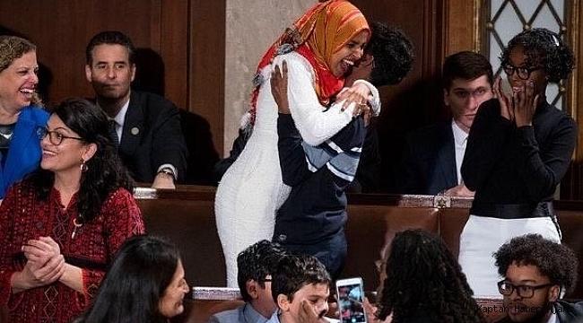 ABD kongresinde dedesinden kalan Kuran-ı Kerim ile yemin etti