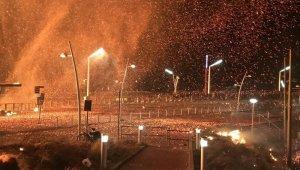 Hollanda'da yeni yıl kutlamalarında 2 kişi hayatını kaybetti
