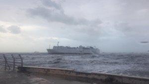 Karaya oturan gemide 400 ton fuel oil bulunuyor