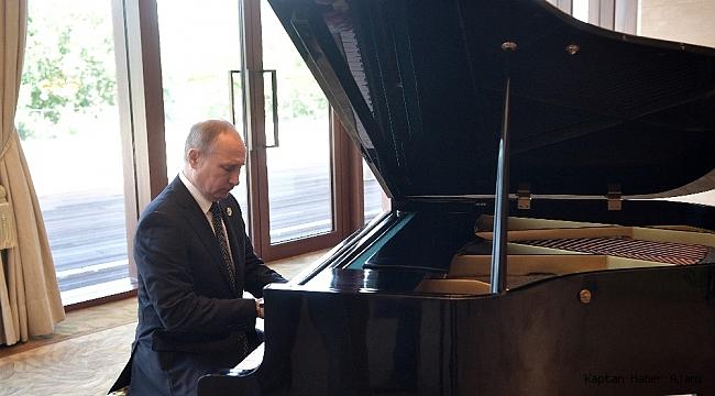 """Peskov, Putin hakkında bilinmeyenleri anlattı: """"Cep telefonu kullanmıyor, yılda 1-2 kez para harcıyor"""""""
