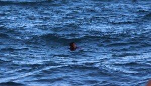 Psikolojik tedavi gören kadın Karadeniz'in buz gibi sularına atladı
