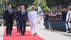 Yunanistan'da yeni Savunma Bakanı belli oldu
