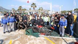 Bodrum'da denizden çıkan atıklar şok etti