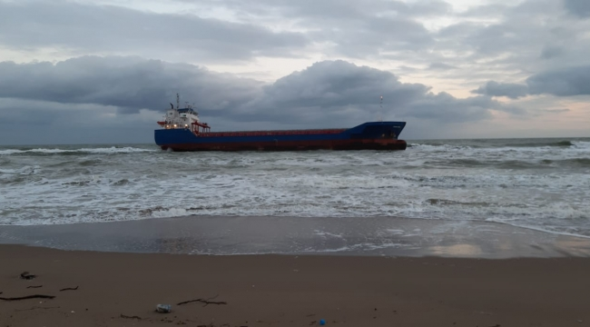 FEHN LYRA isimli gemi Kefken'de karaya oturdu