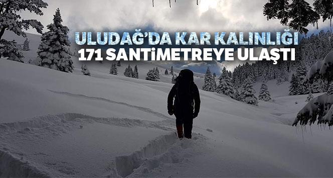 Uludağ'da kar kalınlığı 171 santimetreye ulaştı