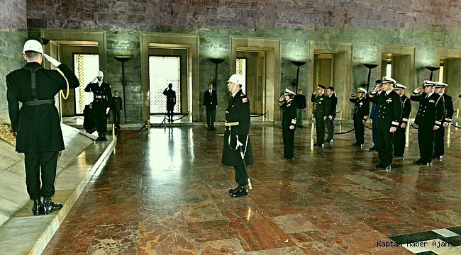 ABD 6'ncı Filo Komutanı, Deniz Kuvvetleri Komutanlığını ziyaret etti