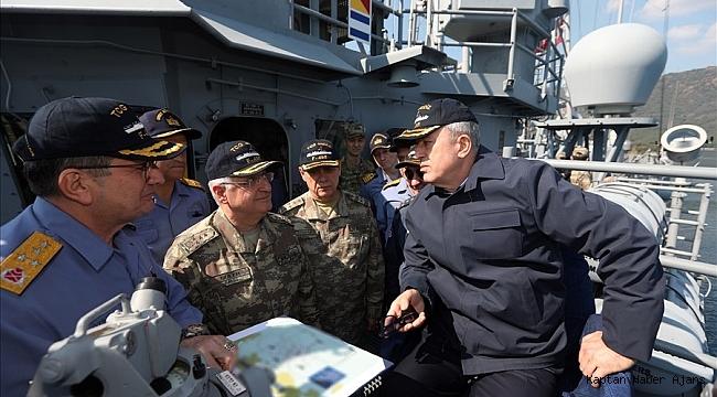 """Bakan Akar: """"Bizim amacımız, gayretimiz, temel yaklaşım şeklimiz Ege'de, Doğu Akdeniz'de, Kıbrıs'ta aynıdır"""""""