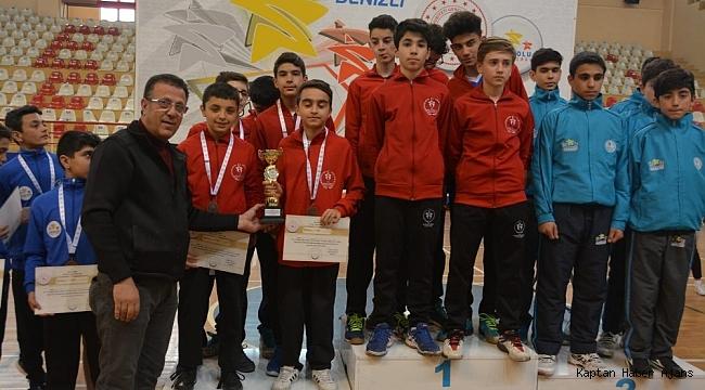 Badminton Türkiye Finalleri Denizli'de yapıldı
