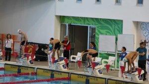 Bedensel Engeliler Yüzme Federasyon kupası müsabakaları Trabzon'da yapılıyor