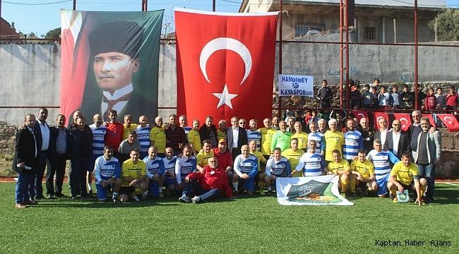 Ege'deki dostluğa Midilli'li veteran millilerden anlamlı destek