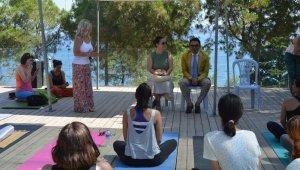 Dünya Yoga Günü Güvercinada'da kutlandı