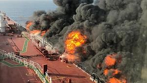 Umman Denizi'nde iki petrol tankerine saldırı