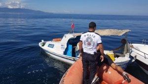 Batan teknenin imdadına deniz polisi yetişti